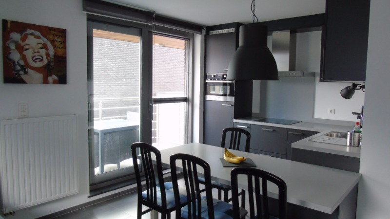 Zeer mooi en comfortabel appartement met terras te Zolder