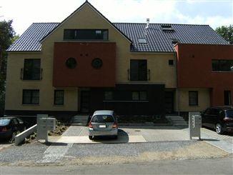 TE HUUR! Zeer mooi appartement met ruim terras te Houthalen